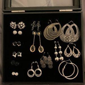 Costume Jewelry 15 Pairs